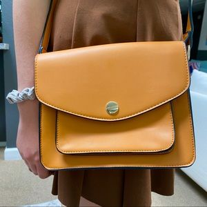 New awesome crossbody purse.